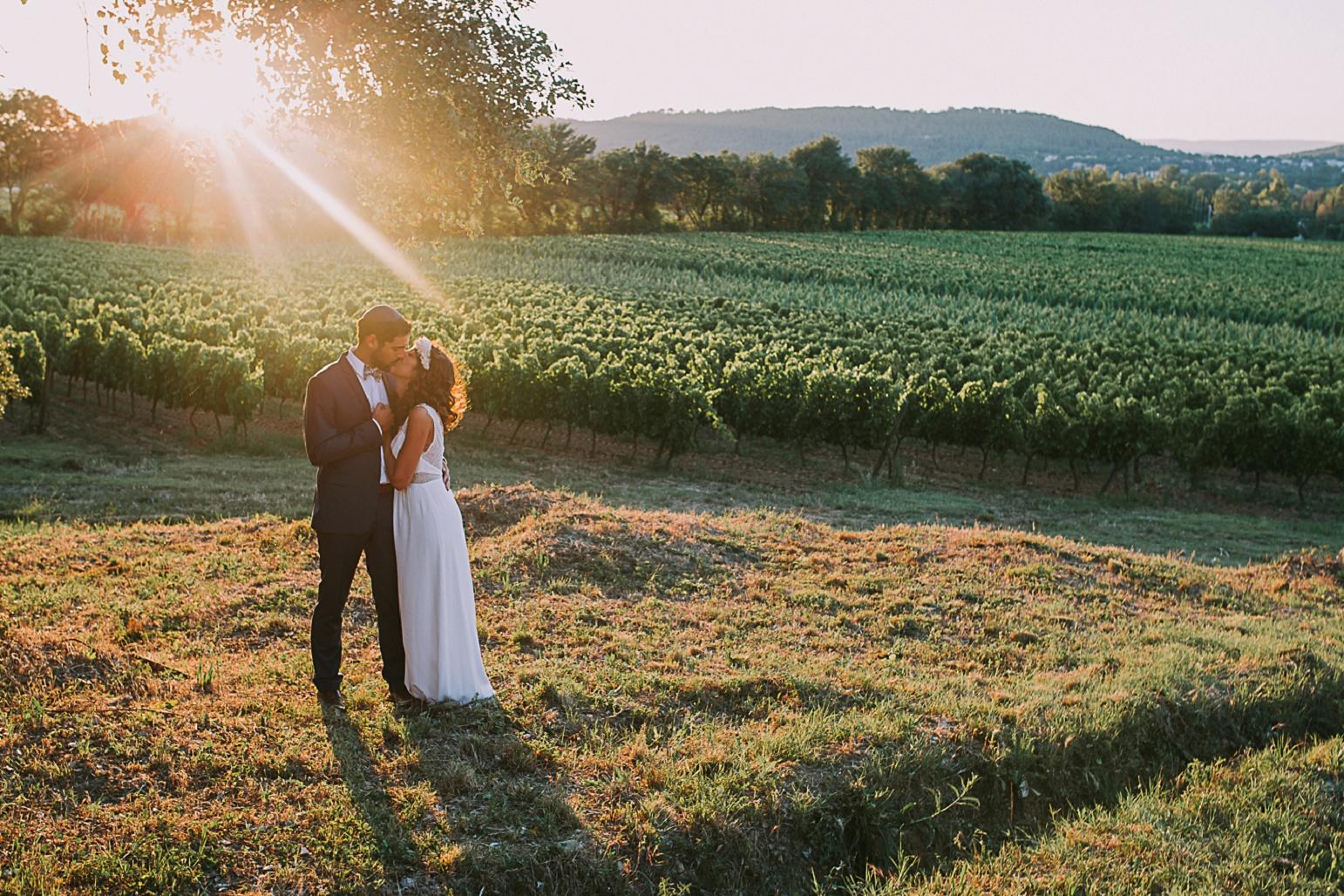 sun-glows-mariage-photographe-chateau-maime-aix-nice-provence-wedding-arcs-sur-argens_