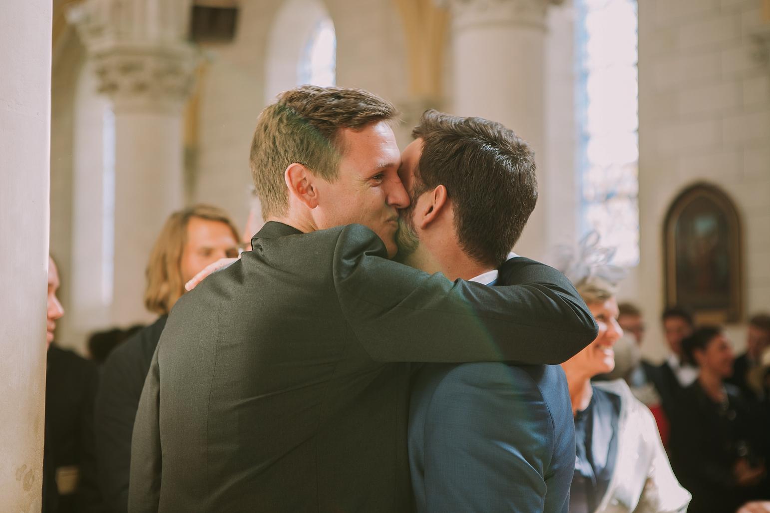 kateryna-photos-mariage-wedding-france-bretagne-pays-de-la-loire-chateau-de-la-colaissiere-st-sauveur-de-landemont_0039.jpg
