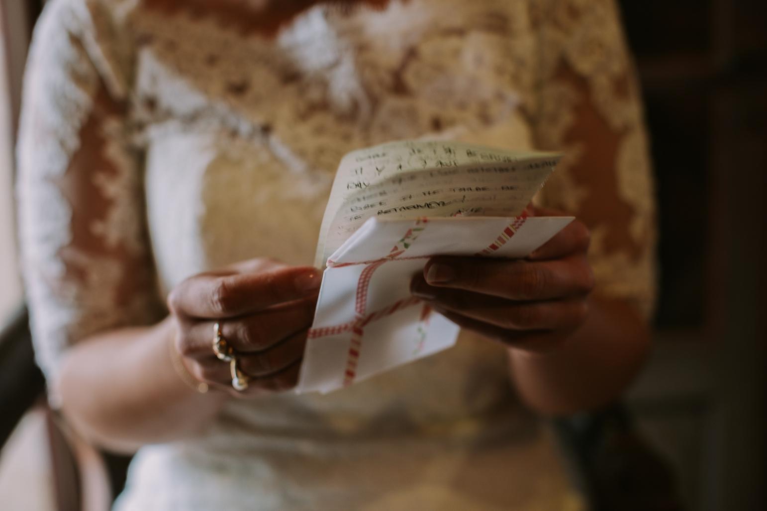 kateryna-photos-mariage-wedding-france-bretagne-pays-de-la-loire-chateau-de-la-colaissiere-st-sauveur-de-landemont_0091.jpg