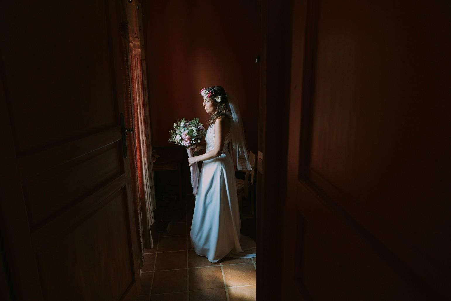 kateryna-photos-mariage-wedding-france-ardeche-domaine-clos-hullias-Saint-Christol-de-Rodière-gard-cevennes_0135.jpg