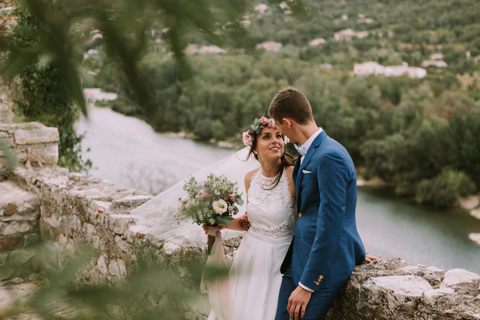 kateryna-photos-mariage-wedding-france-ardeche-domaine-clos-hullias-Saint-Christol-de-Rodière-gard-cevennes_0151.jpg
