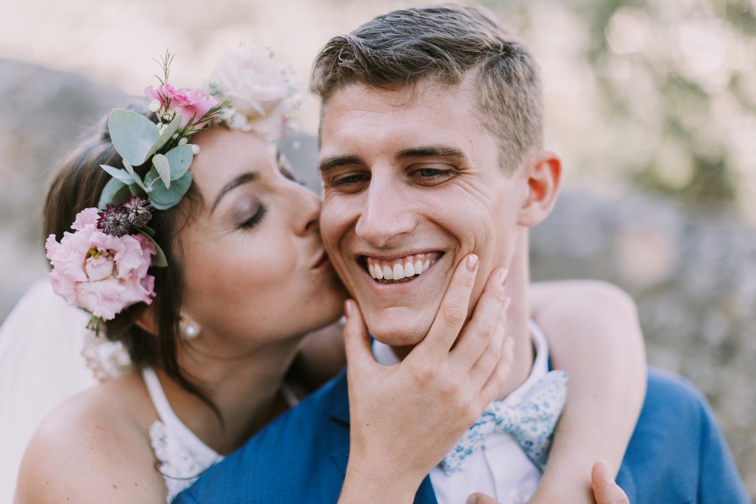 kateryna-photos-mariage-wedding-france-ardeche-domaine-clos-hullias-Saint-Christol-de-Rodière-gard-cevennes_0158.jpg