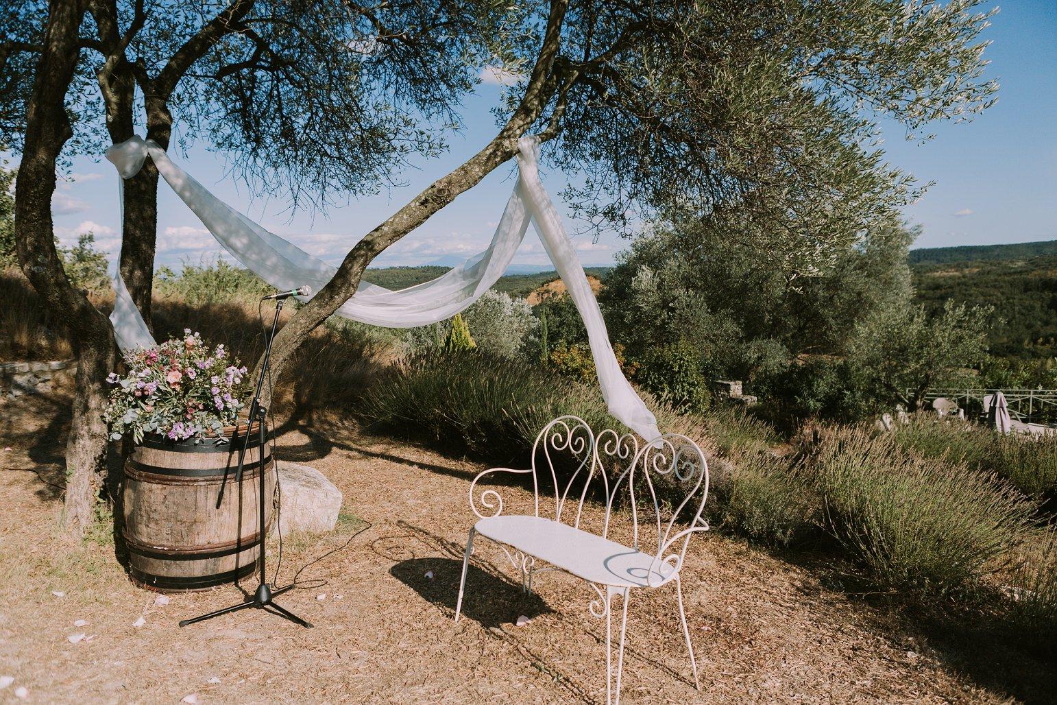 kateryna-photos-mariage-wedding-france-ardeche-domaine-clos-hullias-Saint-Christol-de-Rodière-gard-cevennes_0192.jpg