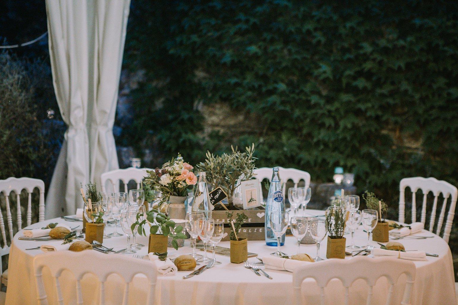 kateryna-photos-mariage-wedding-france-ardeche-domaine-clos-hullias-Saint-Christol-de-Rodière-gard-cevennes_0234.jpg