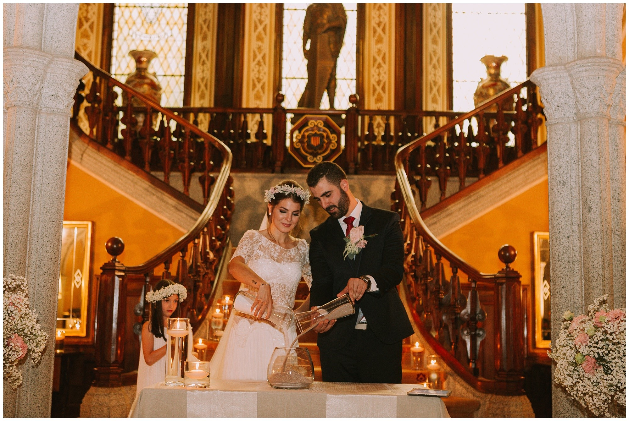 Kateryna-photos-photographe-boda-wedding-barcelona-bell-reco-catalunya_wedding-ceremony-in-a palace-sand