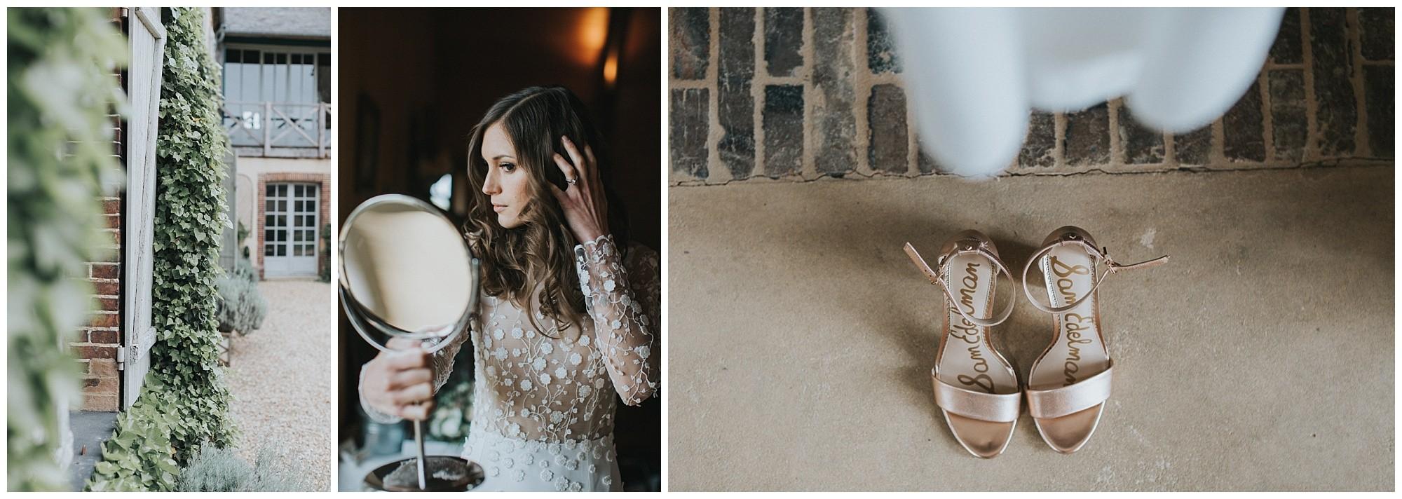 """Kateryna-photos-photographer-reims-domaine-des-evis-mariage-normandie-rime-arodaky_-portrait-de-la-mariee-s""""habille-regarde-dans-le-miroir"""