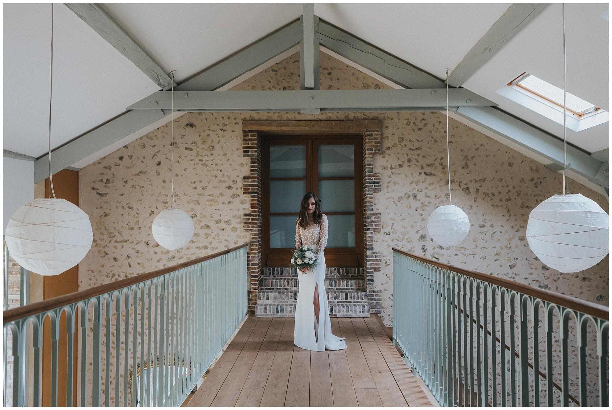 Kateryna-photos-photographer-reims-domaine-des-evis-mariage-normandie-rime-arodaky_-portrait-de-la-mariee
