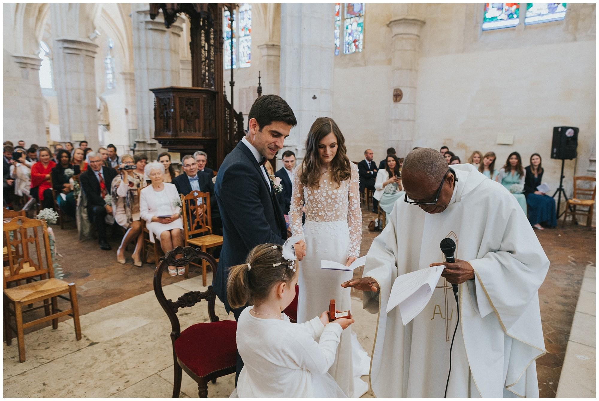 Kateryna-photos-photographer-reims-domaine-des-evis-mariage-normandie--celebration-eglise