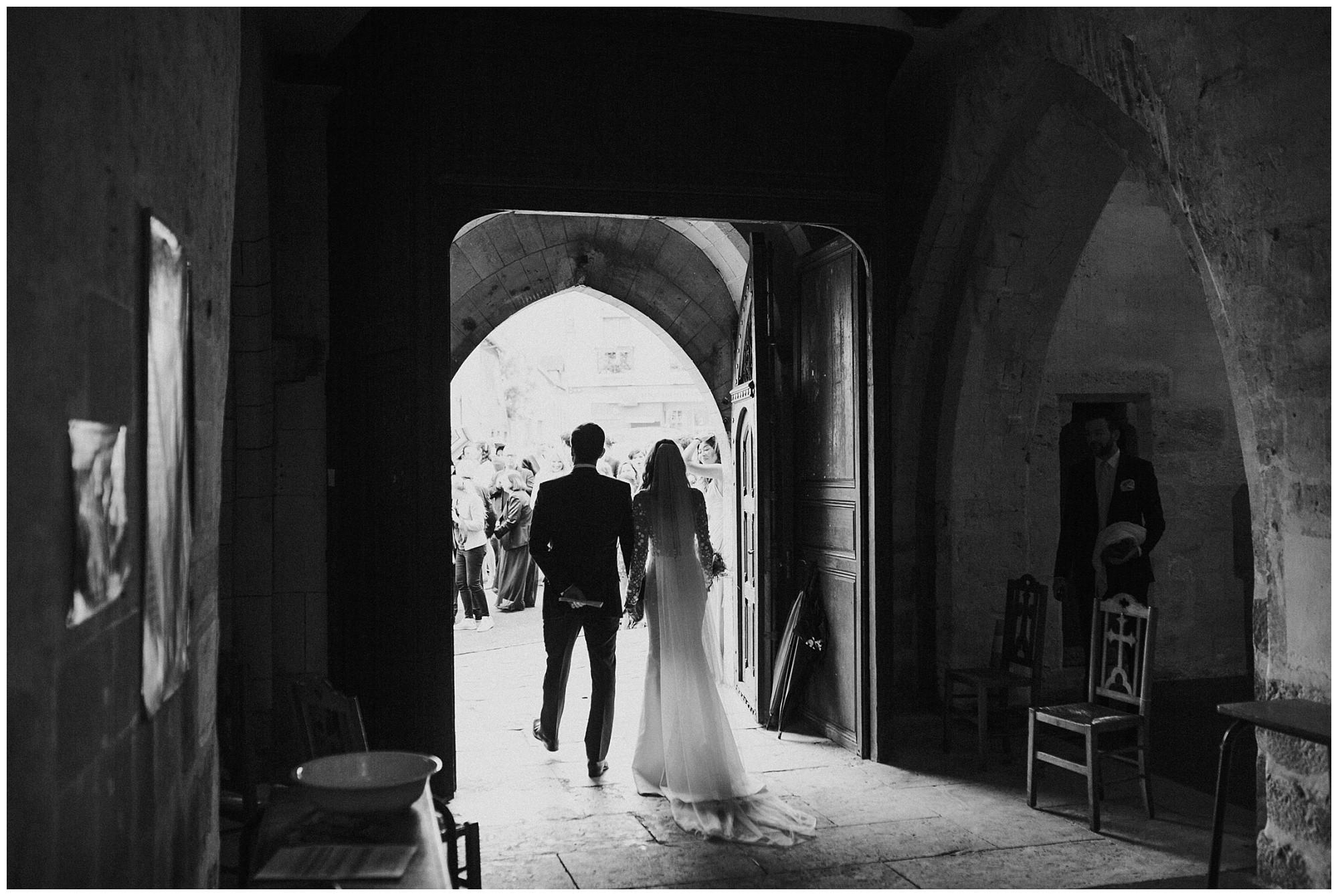 Kateryna-photos-photographer-reims-domaine-des-evis-mariage-normandie-celebration-sortieEglise Saint-Martin-de-Nonancourt