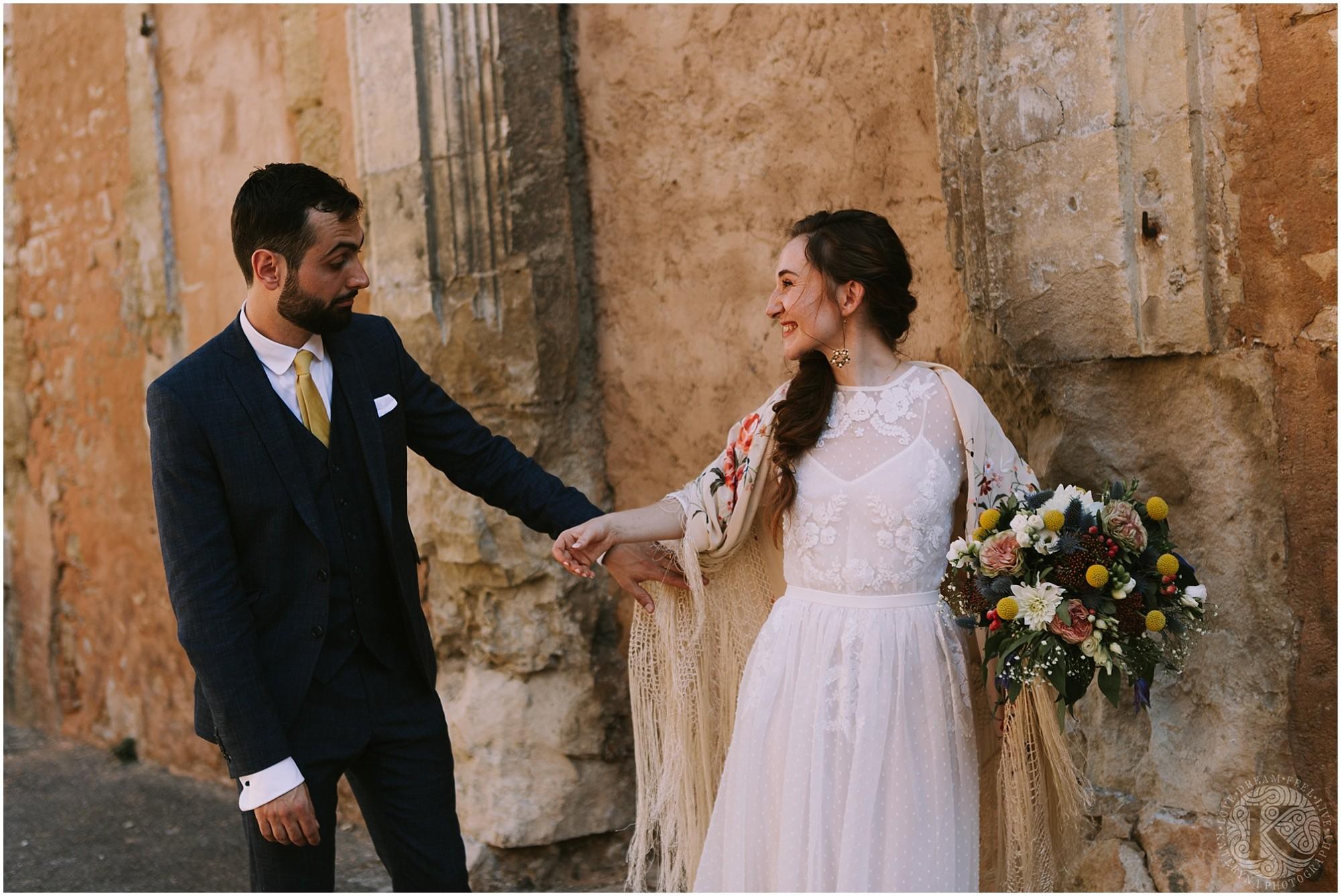 Kateryna-photos-photographe-mariage-vaucluse-provence-avignon-ferme-st-hugues_0042.jpg