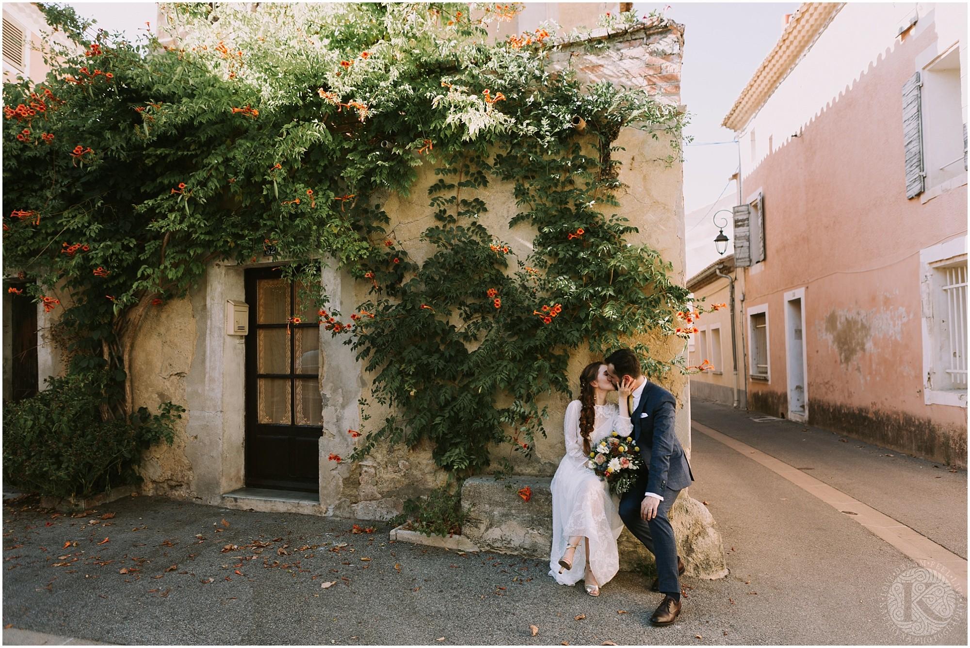Kateryna-photos-photographe-mariage-vaucluse-provence-avignon-ferme-st-hugues_0045.jpg