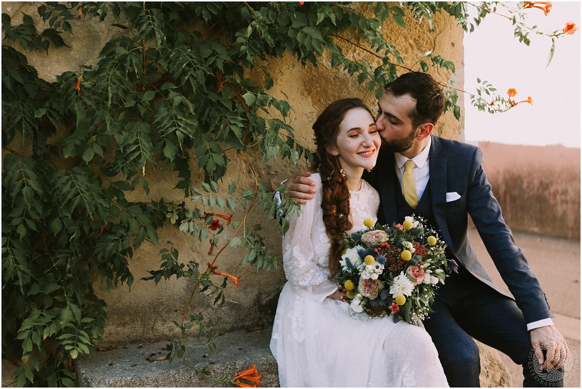 Kateryna-photos-photographe-mariage-vaucluse-provence-avignon-ferme-st-hugues_0047.jpg