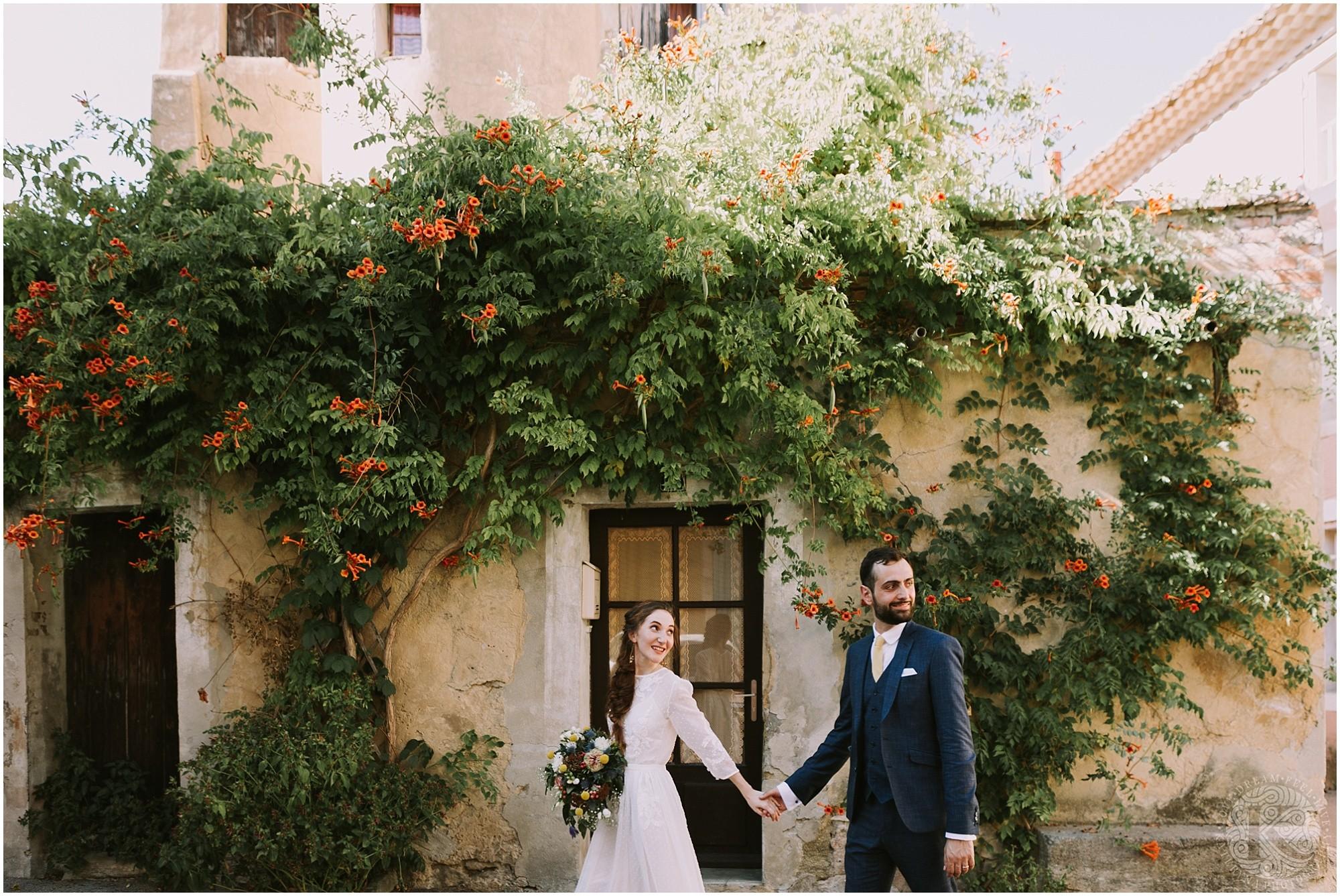Kateryna-photos-photographe-mariage-vaucluse-provence-avignon-ferme-st-hugues_0049.jpg