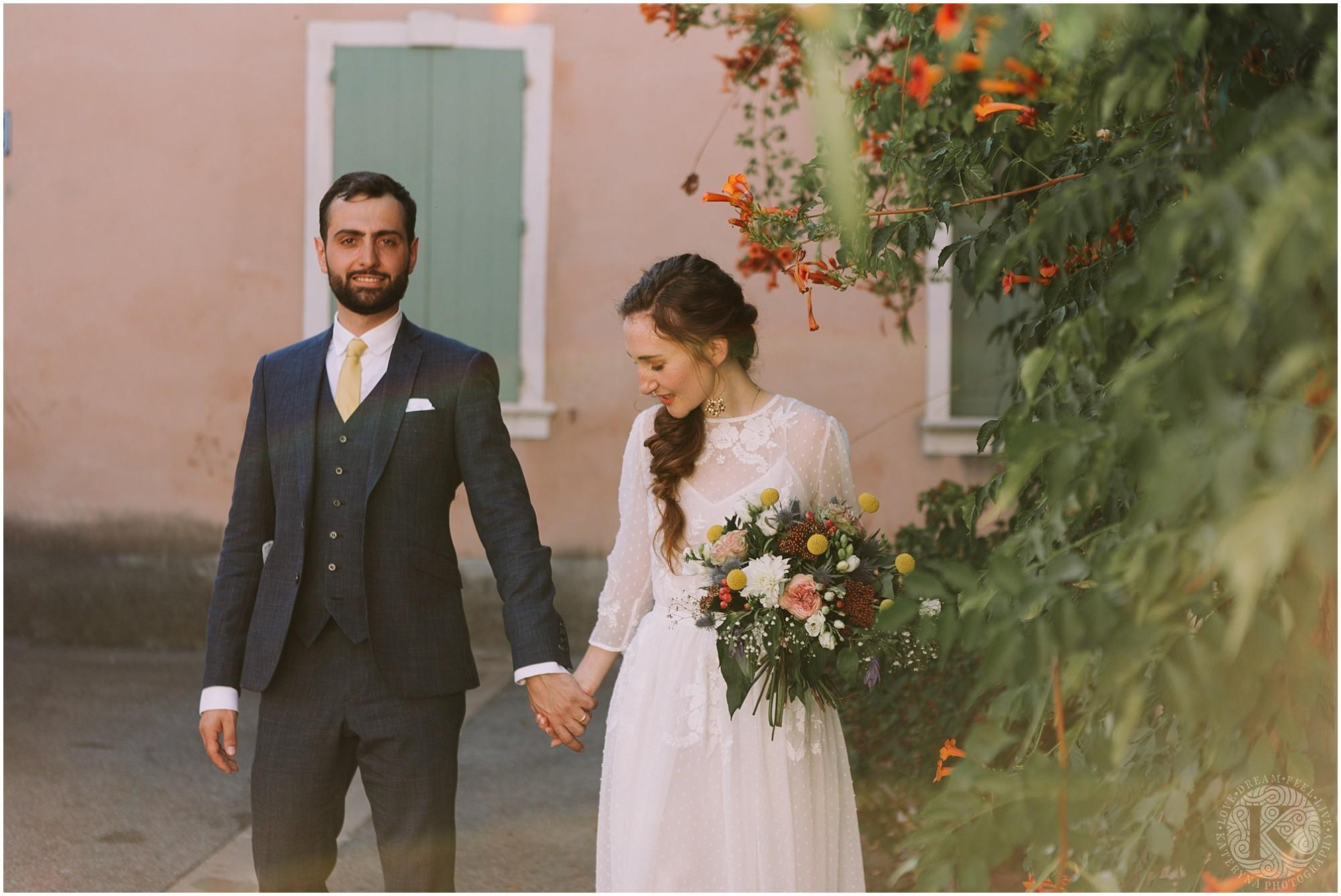 Kateryna-photos-photographe-mariage-vaucluse-provence-avignon-ferme-st-hugues_0050.jpg
