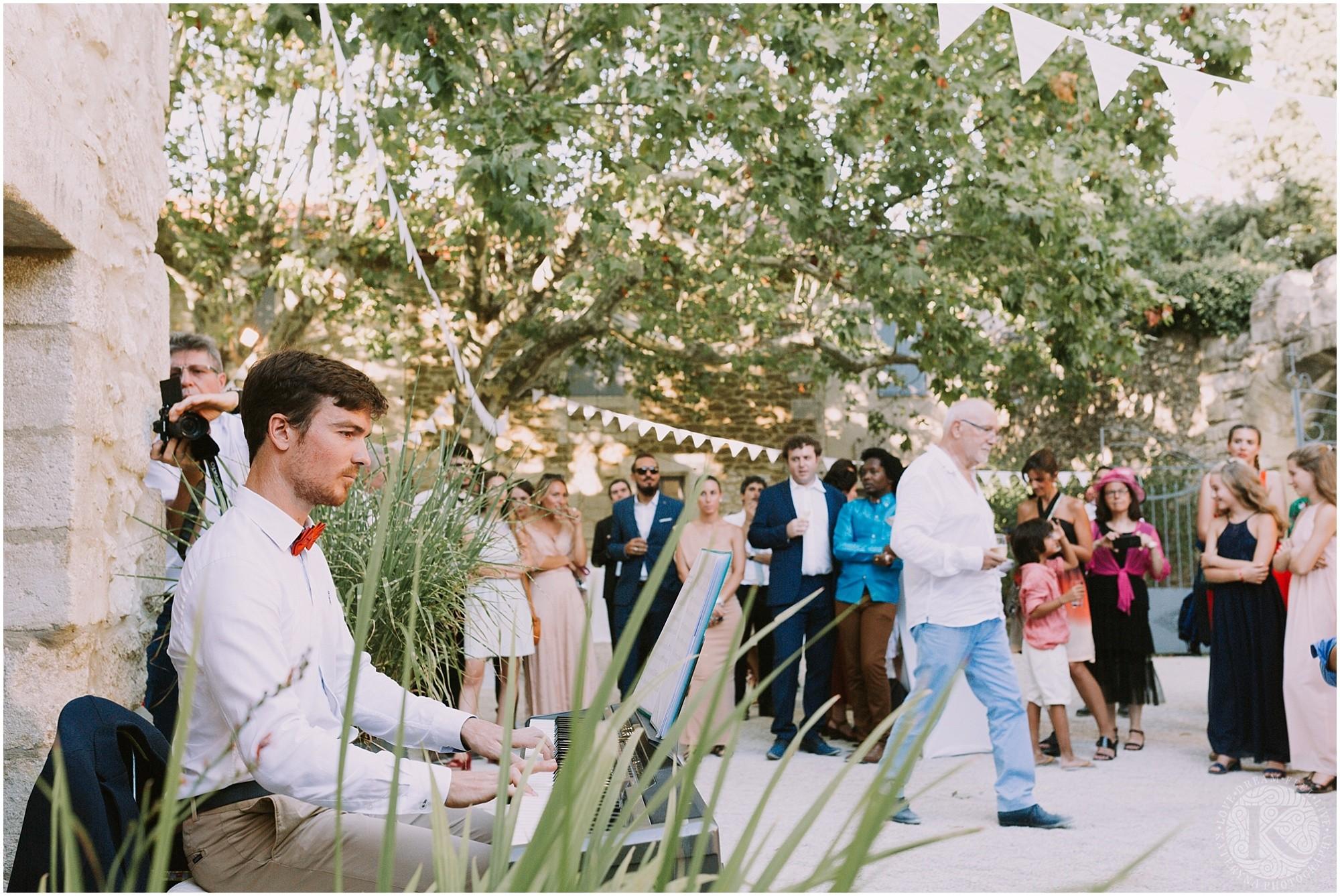 Kateryna-photos-photographe-mariage-vaucluse-provence-avignon-ferme-st-hugues_0067.jpg