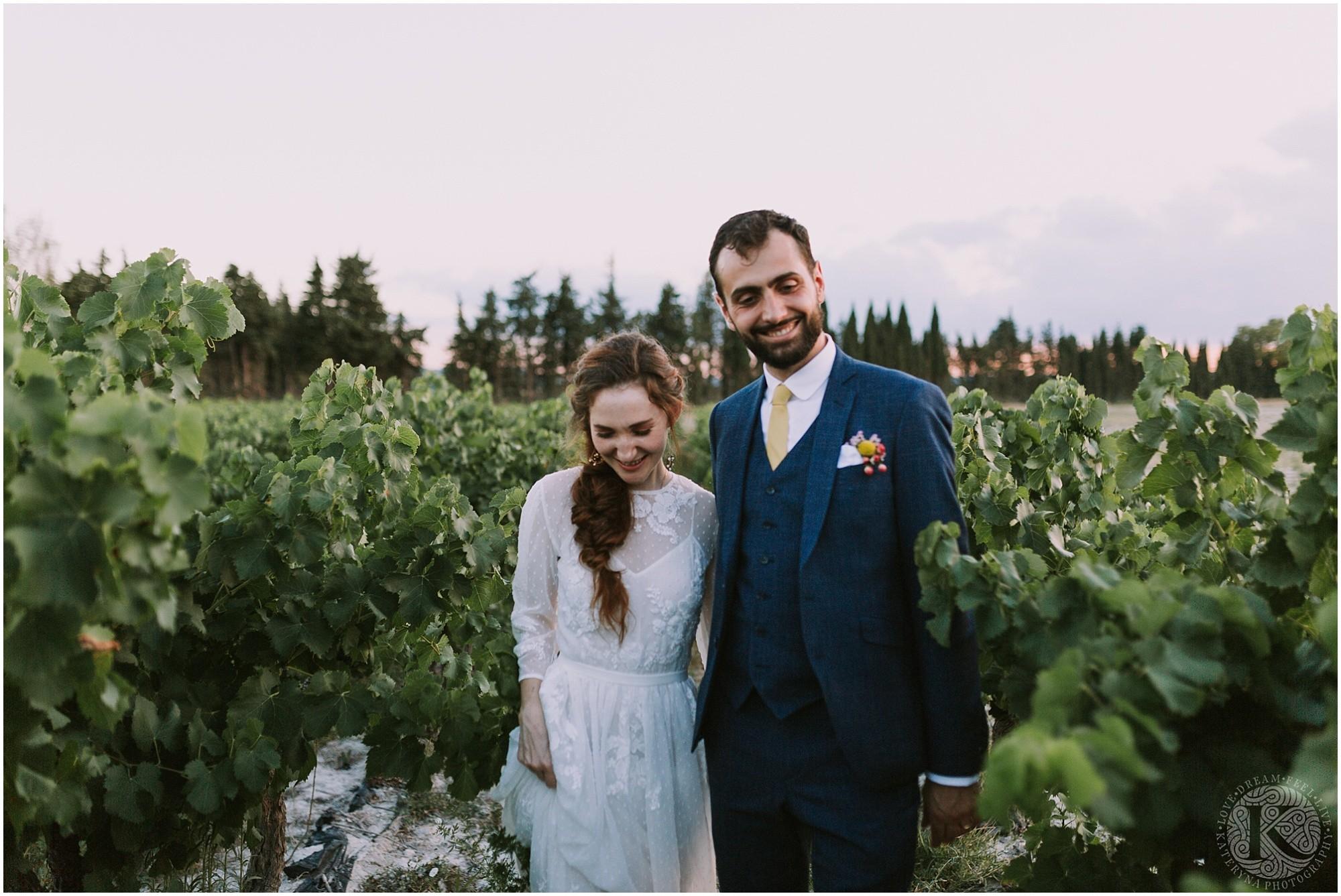 Kateryna-photos-photographe-mariage-vaucluse-provence-avignon-ferme-st-hugues_0083.jpg