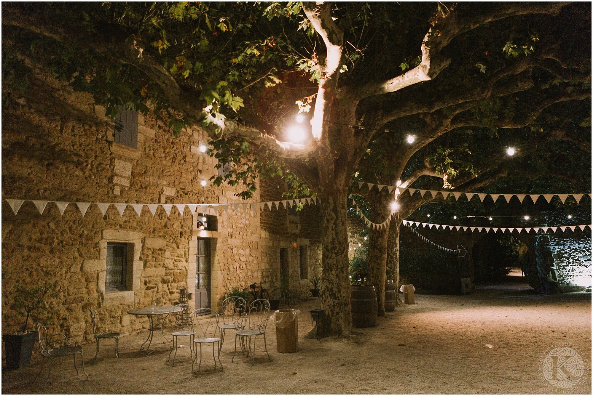 Kateryna-photos-photographe-mariage-vaucluse-provence-avignon-ferme-st-hugues_0102.jpg